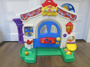 Maison intéractive Fisher Price Laugh & Learn