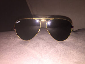 Ray-Ban gold Aviator sunglasses lo205 vyaw