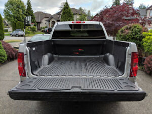 Black Over Lap Truck Bed Liner with Tailgate Liner