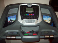 Treadmill Horizon CT5.4  NEW.Old Lady Operated