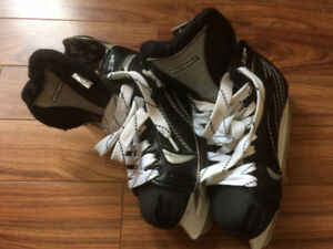 Winnwell Boys Ice Skates - Size JR2/EUR33 (Reduced Price!!)