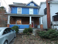 MUST SEE DOWNTOWN ST. CATHARINES FAMILY HOME