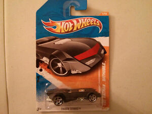 2010 Hot Wheels The Batman Batmobile $5