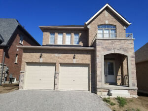 Beautiful Newly Built Town Home for Lease!