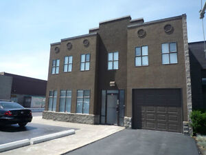 4408 28 St, Vernon BC - Great Commercial Building!