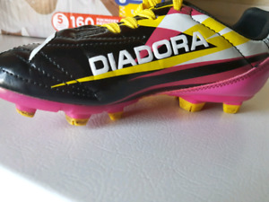 Size 13t cleats