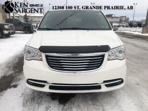 2013 Chrysler Town & Country Limited  - Certified
