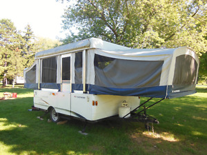Fleetwood, colonial,   pop up,  tent trailer