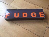 Fudge ceramic curling tongs