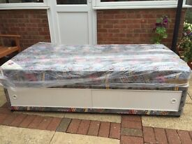 SINGLE 3' DIVAN BED WITH UNDER STORAGE