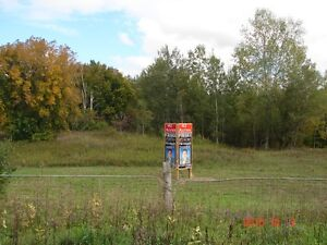 BRING YOUR OFFER. BUILD YOUR NEXT HOME HERE. Cornwall Ontario image 3
