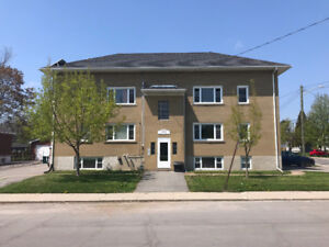 2-Bedroom Across from Large City Park in South-Central Location
