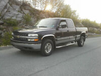 2000 Chevrolet Silverado 2500 LT !! BUILT TO TOW !!
