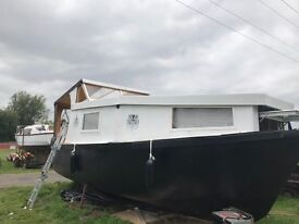 Houseboat, cabin cruiser, wide beam, live aboard, narrowboat £18,000ono