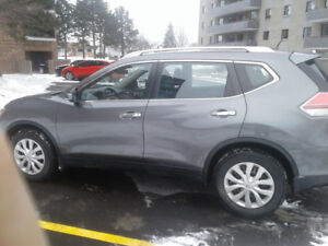 2015 Nissan Rogue S 4DR
