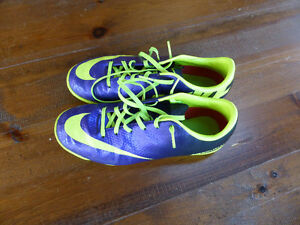 Nike Turf Soccer Shoes - youth size 5