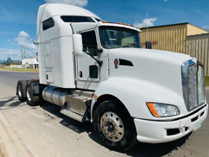 2013 White Kenworth T660 for sale