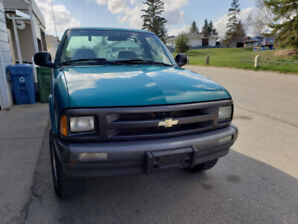 1995 Chevy s10 with 90000 kms!