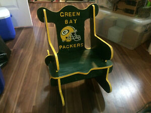 Hand crafted GreenBay Packers kids puzzle chair