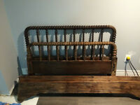 Antique solid wood Scroll bed