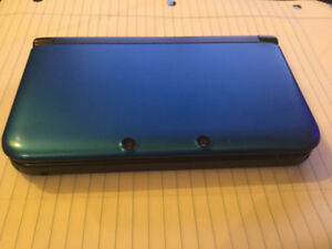 Nintendo 3DS XL - Blue - Great condition - Charger not included