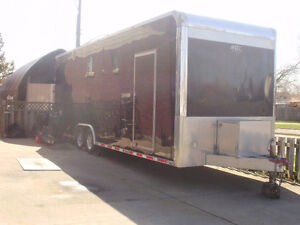 2010 QUEST 305 ATC WORLD CLASS TRAILER.ALL ALUMINUM