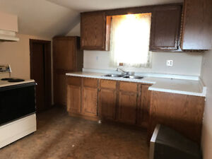 RENOVATED BACHELOR, 1 AND 2 BEDROOM UNITS AVAILABLE NOW!