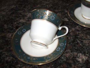 ROYAL DOULTON FINE BONE CHINA