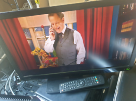 Toshiba 22inch television with Remote dvd Freeview