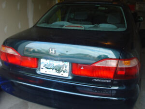 1999 Honda Accord Sedan - Only 188,000 km
