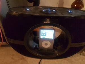 iPod Dock - The Sharper Image EC-A115-CA - Bluetooth