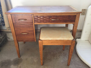Solid wood Sewing desk w 2 Drawers and bench seat w storage