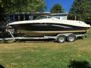 2007 Sea Ray 230 Select bowrider