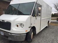 2007 MT45 Freightliner (19,500 chassis) 16ft Box