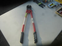STANLEY 24 INCH BOLT CUTTER IN GOOD CONDITION