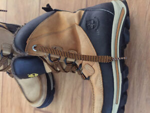 Boys sneakers and boots size 4,5 , 5 & 5.5