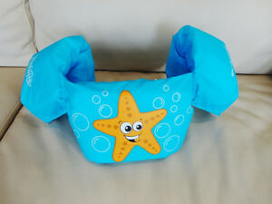 Like New Barely Used Stearns Puddle Jumper Kids Swim Aid Kitchener / Waterloo Kitchener Area image 1