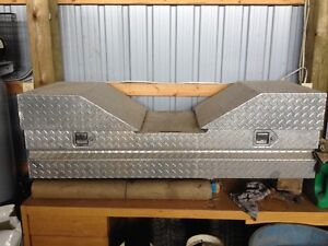 Aluminum truck box to replace tail gate, V shaped for 5th wheel.