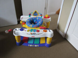 Exerciseur piano Fisher Price
