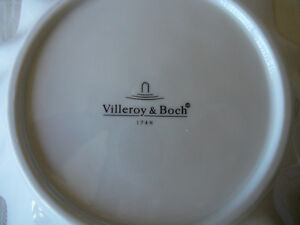 Villeroy & Boch Christmas Plates and Bowl Kitchener / Waterloo Kitchener Area image 5