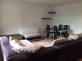 1 bed flat £1050pcm