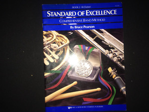 Music books for sale. Standard of Excellence book 1 and 2 for al