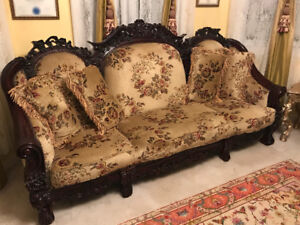 Victorian style couches !