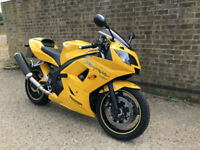 2005 05 Triumph Daytona 650 SUPER SPORTS BIKE 12K LOW MILES FSH MINT CONDITION