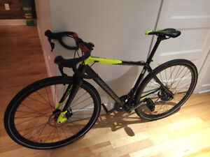Norco Search  gravel bike comme neuf