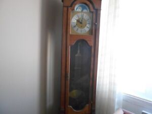 horloge grand père.