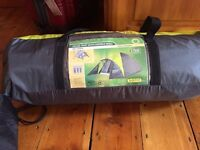 3 men tent & 2 sleeping bags