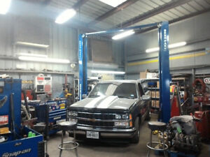 Do it yourself garage lease buy or rent commercial office auto service repair shop mechanic shop garage danforth avenue solutioingenieria Gallery