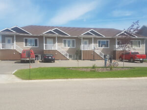 Wow Townhouse 3 Bedrooms 2 baths SOUNDPROOF!!!!