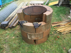 Fire Pit Masonary Block With Grill